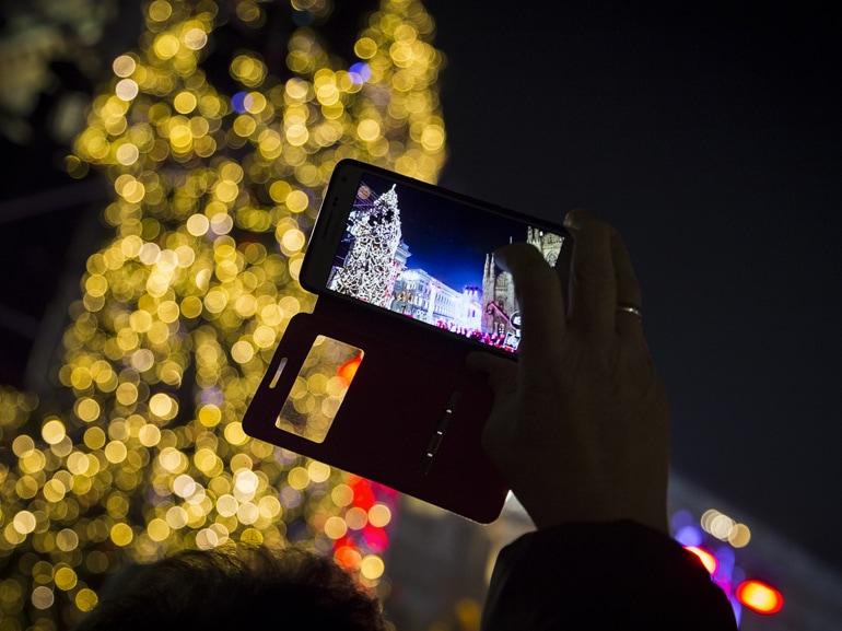 PANDORA-Albero-Natale-Piazza-Duomo