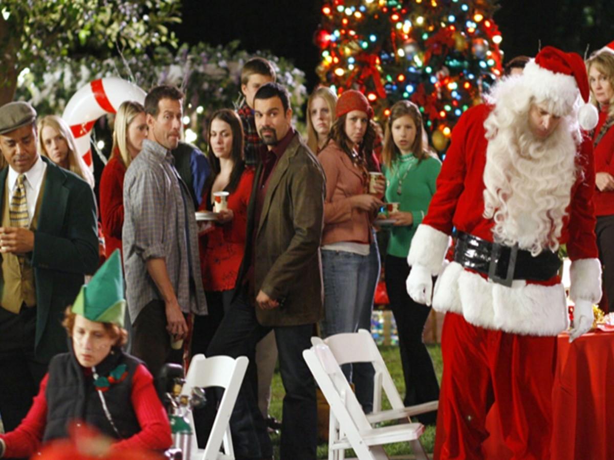 Suggerimenti-e-consigli-per-riciclare-i-regali-di-Natale-festa-a-tema-amici