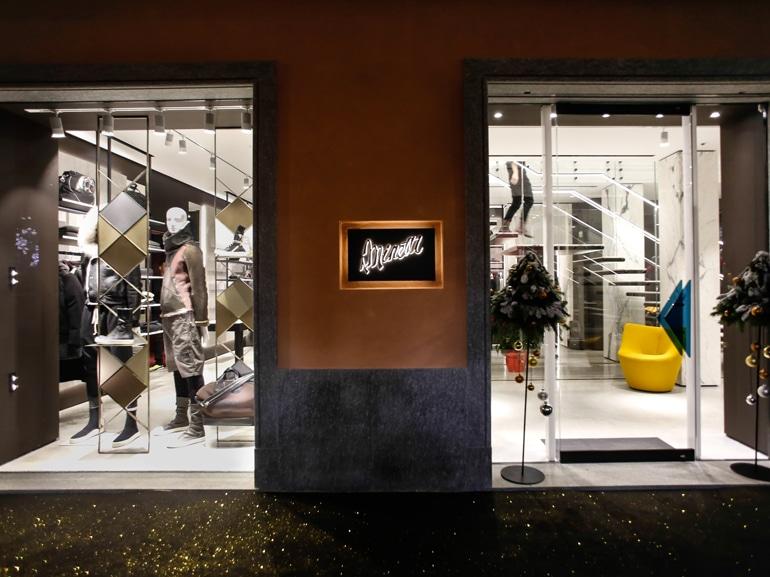 a-minetti-negozio-hero-2