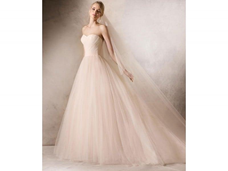 abito-la-sposa-barcelona-rosa
