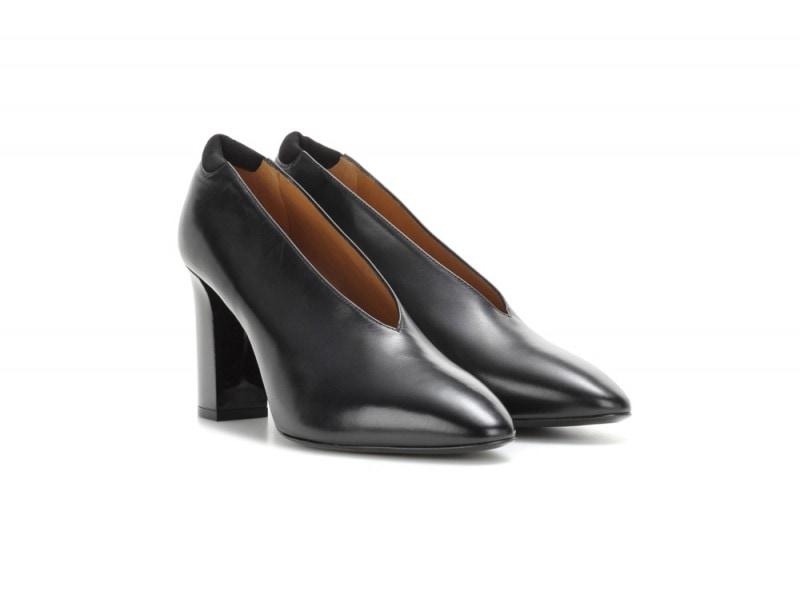 acne-studios-scarpe-accollate-nere