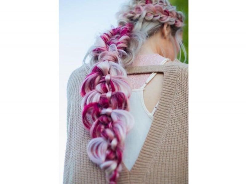 treccia capelli colorati