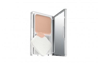 fondotinta-pelle-mista-migliori-2016-clinique-anti-blemish-solutions-powder-makeup-