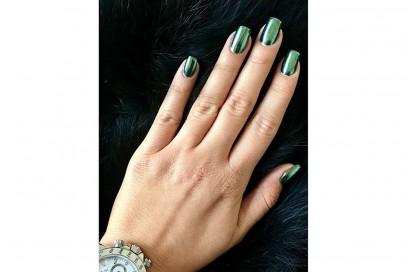 mirror-nails-Jana_Lombart