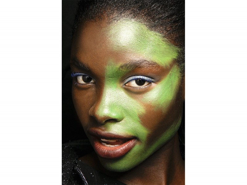 trucco greenery pantone make up (12)