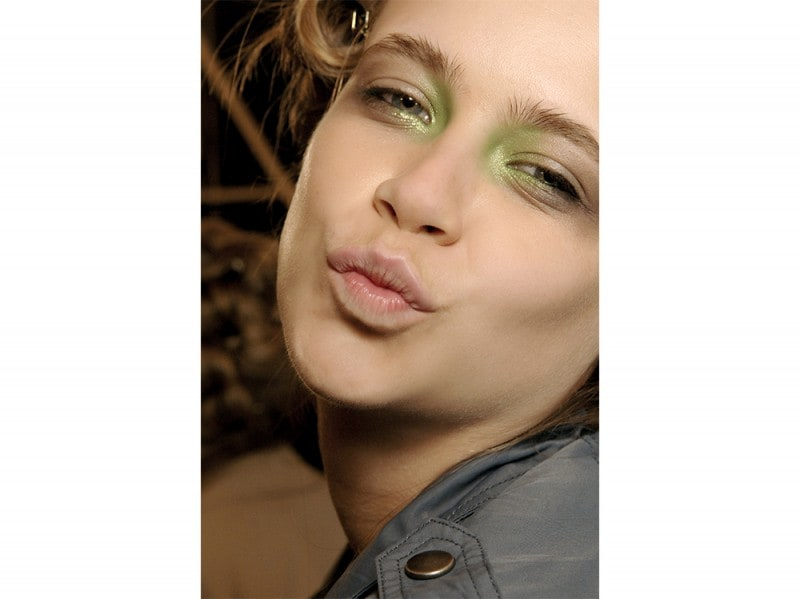trucco greenery pantone make up (16)
