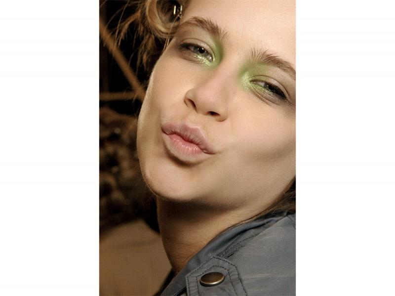 trucco greenery pantone make up (16)