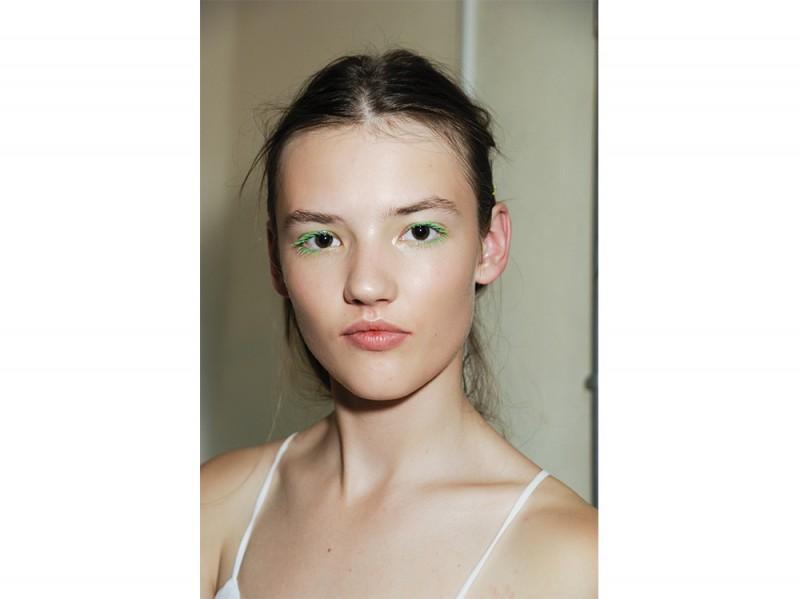 trucco greenery pantone make up (6)