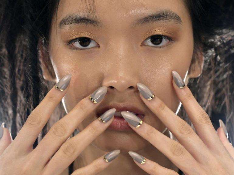 COVER-Nail art le proposte più glam per la Primavera-Estate 2017-MOBILE