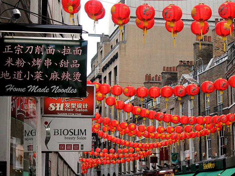 Capodanno-cinese-curiosita-tradizione-origine-leggenda-addobbi-per-le-strada-durante-capodanno-cinese