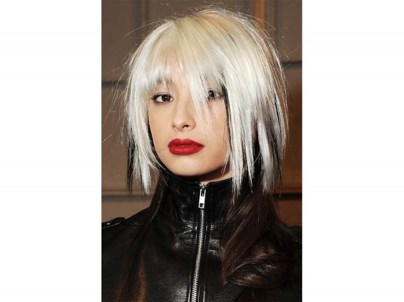 Castelbajac capelli corti grigi