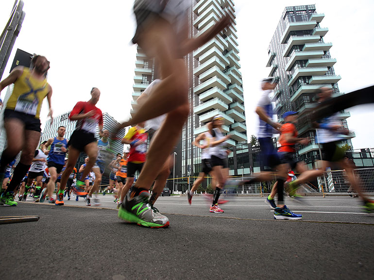 EA7-Emporio-Armani-Milano-Marathon-gare-corsa-primavera