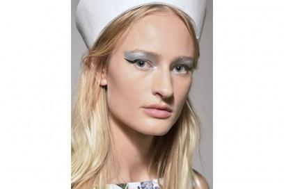 Eyeliner tendenza trucco primavera estate 2017  (11)