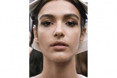 Eyeliner tendenza trucco primavera estate 2017  (29)