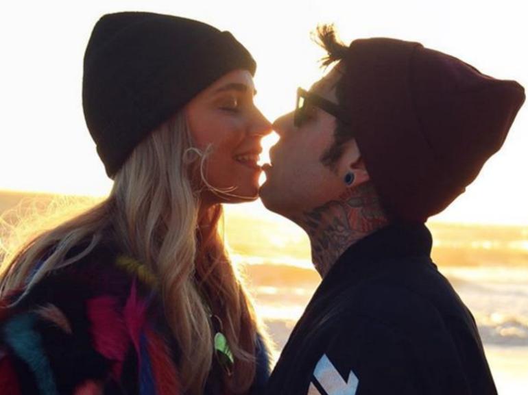 Ferragnni e Fedez Bacio Antefatto