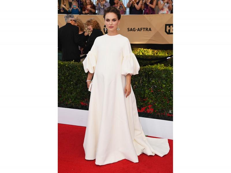 Natalie-Portman-in-Dior