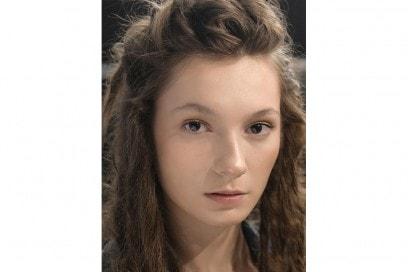 capelli semi raccolti runa ray