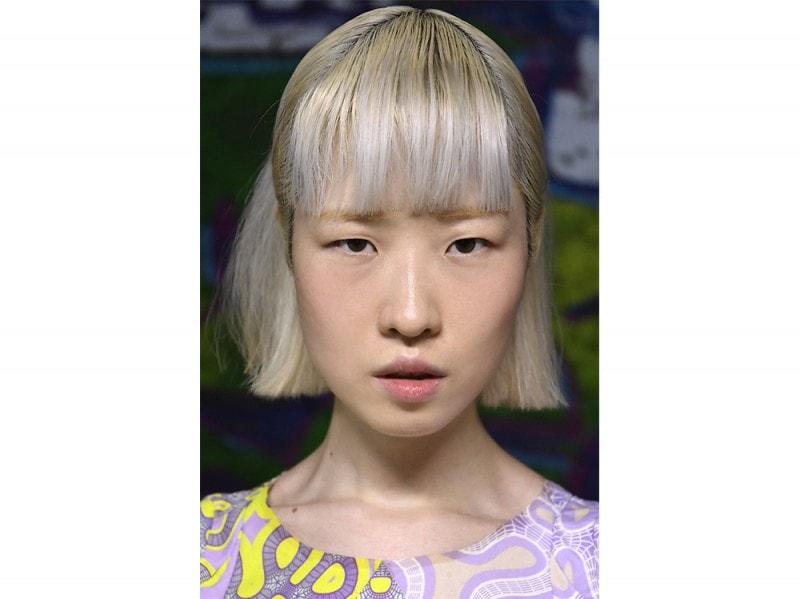 Threeasfour capelli corti grigi