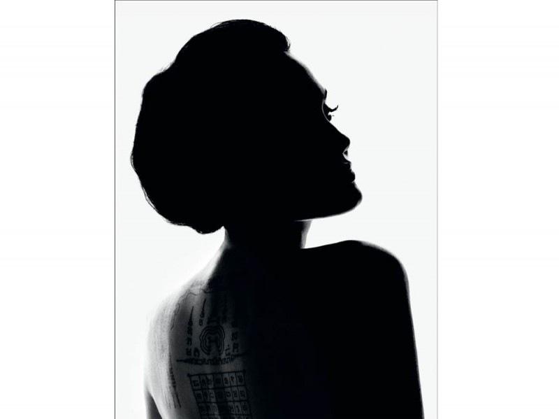 angelina-jolie-musa-guerlain-profumo-01