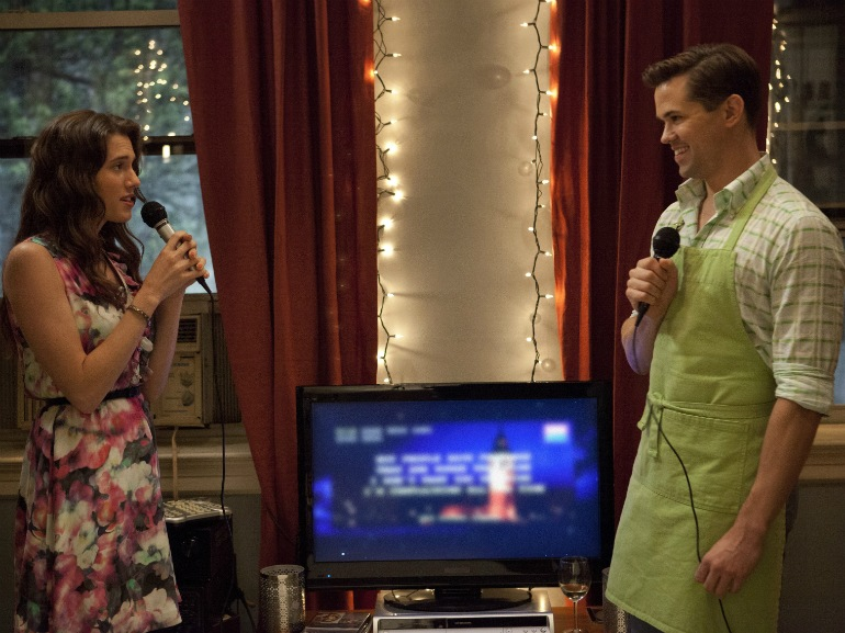 cantare al karaoke