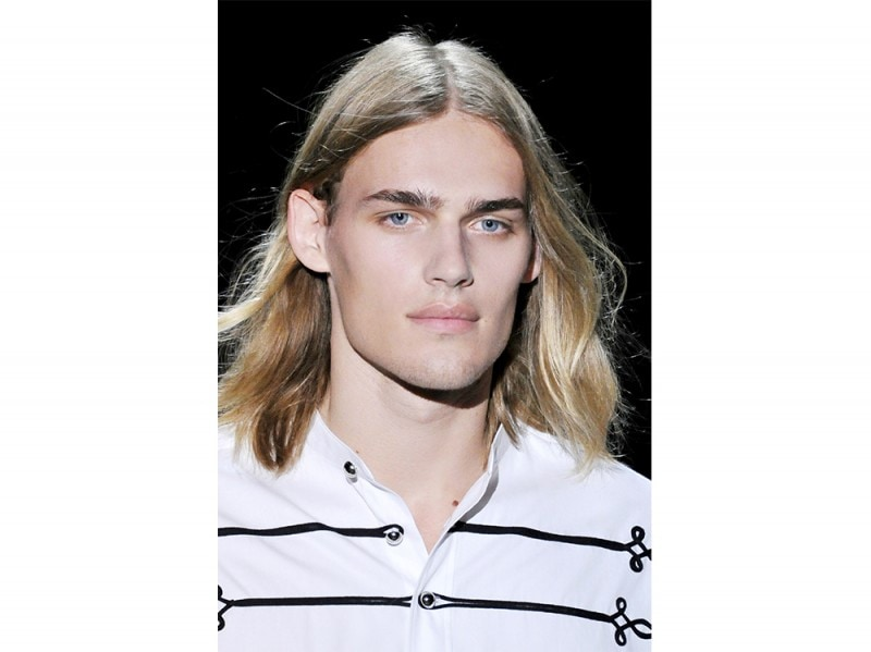 capelli-medio-lunghi-uomo-pe-2017-2