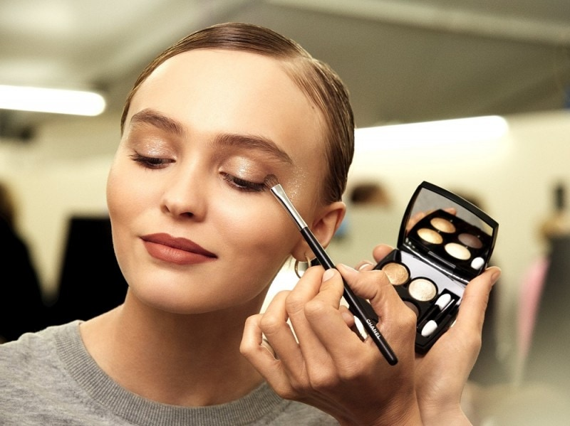 chanel-haute-couture-ss-2017-backstage-beauty-lily-rose-depp-1