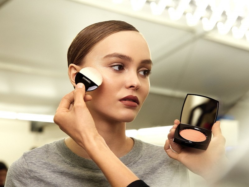 chanel-haute-couture-ss-2017-backstage-beauty-lily-rose-depp-2