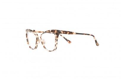dita-occhiali-da-sole-titanio