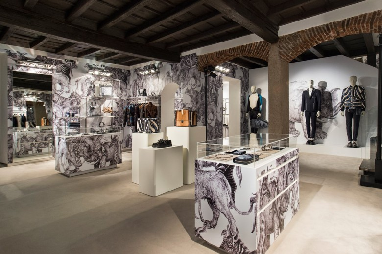 L'inaugurazione del pop-up store di Louis Vuitton