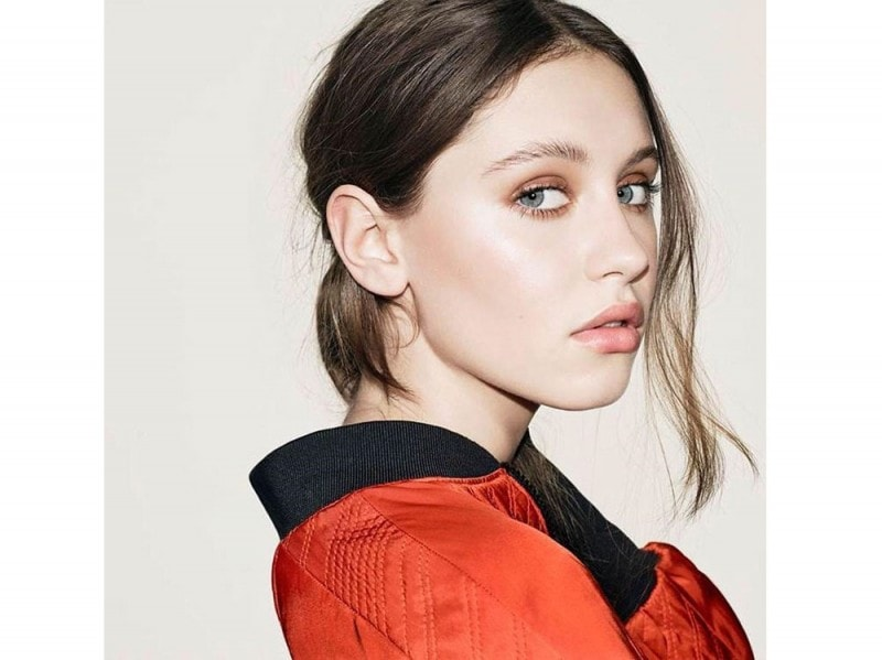 iris-law-beauty-look-01