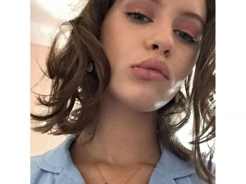 iris-law-beauty-look-09