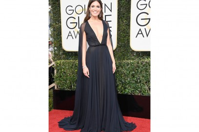 mandy-moore-golden-globes-2017