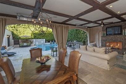 spanish-villa-little-holmby-07