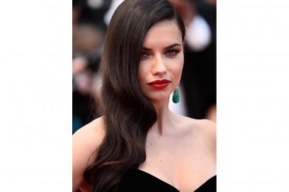 top-model-2016-beauty-look-adriana-Lima