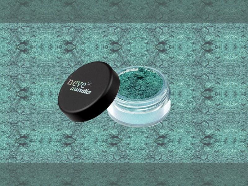 trucco verde smeraldo ombretto neve cosmetics