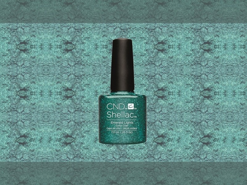 trucco verde smeraldo smalto cnd vinylux