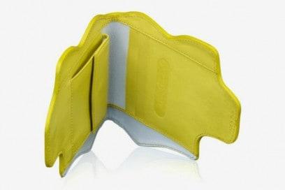 Marion Ayonote – portafoglio giallo