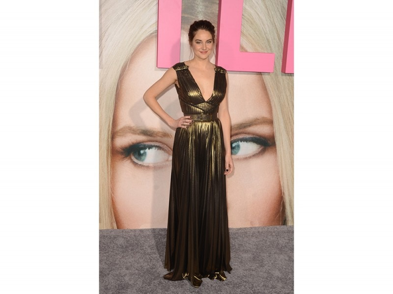 Shailene-Woodley-in-Elie-Saab-splash