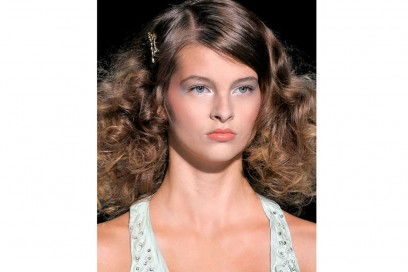 acconciature-capelli-ricci-05