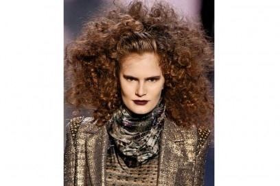 acconciature-capelli-ricci-14