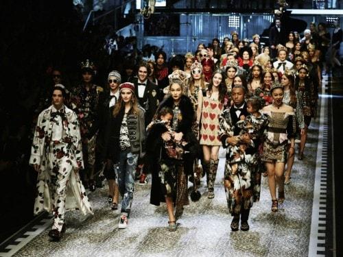 Dolce e Gabbana  la sfilata per il 2017 8153f828d99