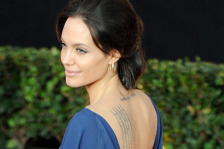 I tatuaggi con le scritte più belli da copiare alle celebrity