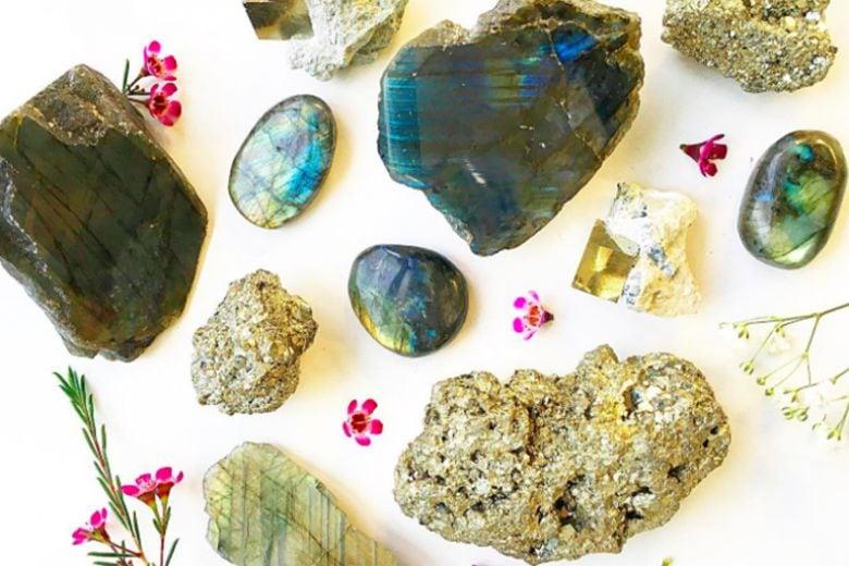 I cristalli da portare con sé per ottenere quello che si vuole