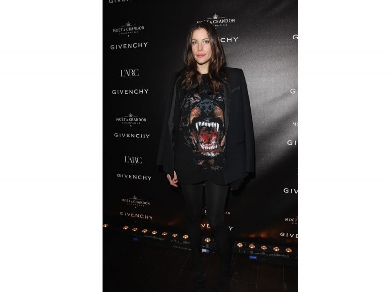 liv-tyler-givenchy