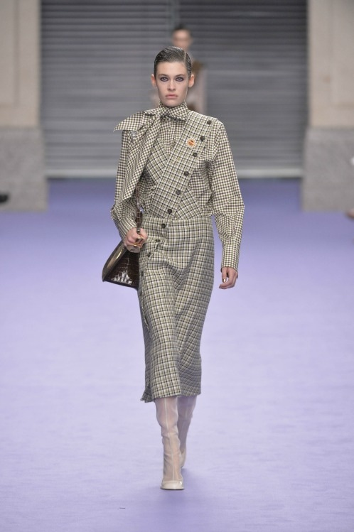 mulberry look 17