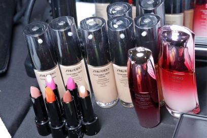 narciso-rodriguez-autunno-inverno-2017-2018-bakcstage-beauty-05
