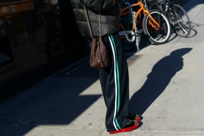 new york street style 17 nylon prada bag