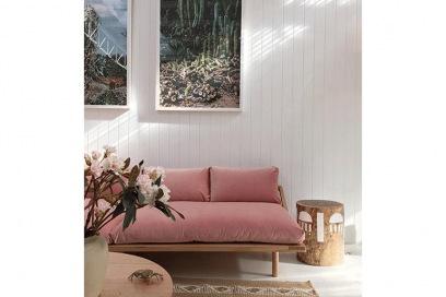 pink+sofa+-+@themissprints