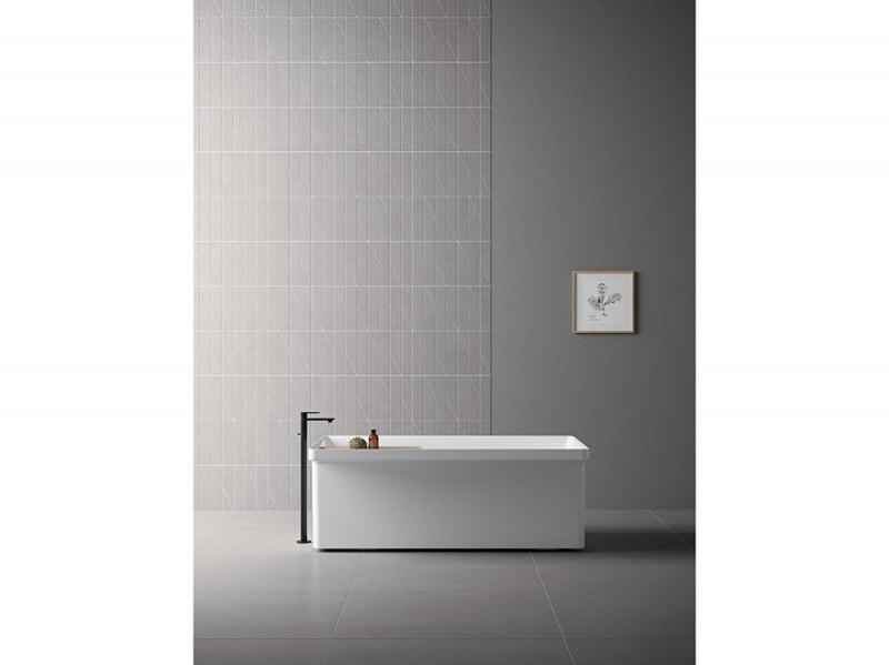6-bagno-moderno-le-10-mosse-per-non-sbagliare-cava-lucidi-pevere-rivestimento