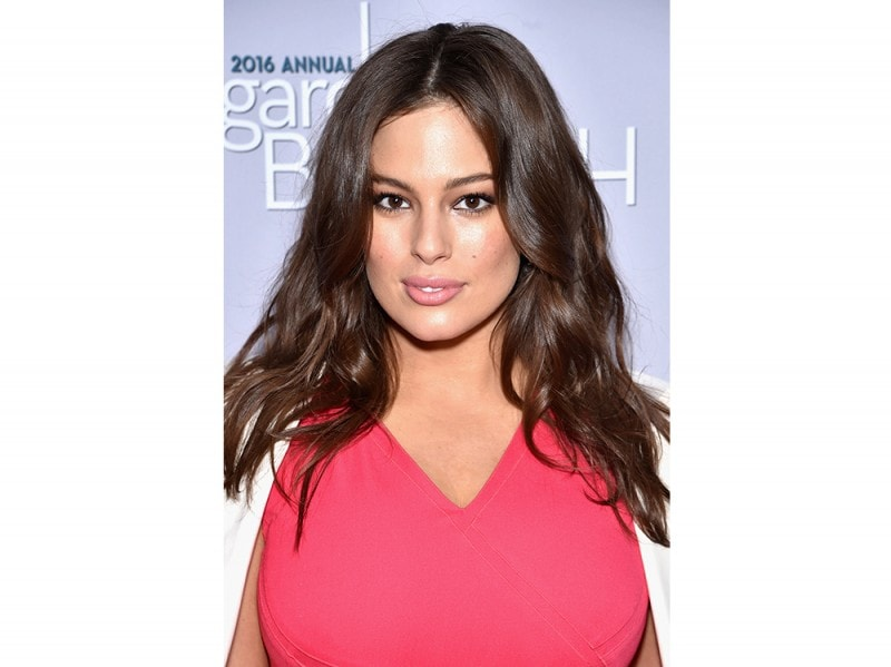 Ashley Graham beauty look trucco capelli (8)